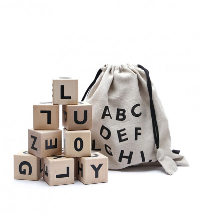 Alphabet blocks – black